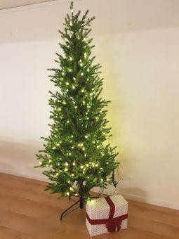 Malung julgran/plastgran 200cm grön 260st LED