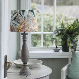 PR Home Linda Lampfot i trä grå 52cm