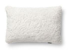 SkinnWille Kuddfodral fårskinn Curly beige/moonlight 40x60cm