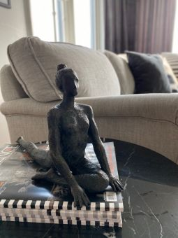 Yoga Mahal svart 20cm