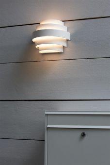 Etage vägglampa miljöbild