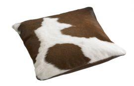 Kohudskudde Cow Brown/white 50cm