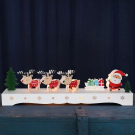 Elljusstake Rudolf och tomte lazer cut med LED 43cm miljöbild
