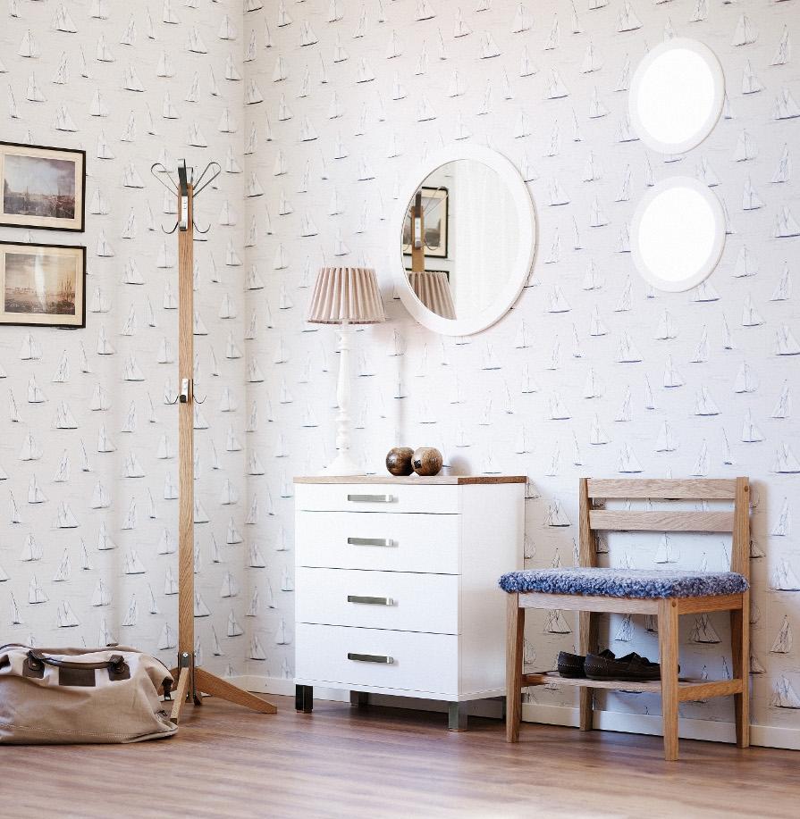 Inspirations bild av vita möbler till hallen i trä. Vita trämöbler.